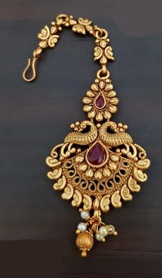 Excellent Pics Bridal Jewellery indian Concepts Via rings plus anklet bracelets for you to jewelry plus necklaces, this is a handful of guidelines t Gold Jewellery Design, Gold Jewelry, Jewelery, Tikka Jewelry, Handmade Jewellery, Designer Jewelry, Gold Bangles, Amrapali Jewellery, Antique Jewellery