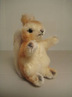 #Steiff Vintage Possy #Squirrel - Adorable little woodland critter - 1957 to 1976