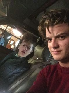 Things& Joe Keery and Gaten Matarazzo Have the Cutest Food-Related . Stranger Things' Joe Keery and Gaten Matarazzo Have the Cutest Food-Related .Stranger Things' Joe Keery and Gaten Matarazzo Have the Cutest Food-Related . Stranger Things Joe Keery, Stranger Things Aesthetic, Stranger Things Netflix, Joe Kerry, Boys Lindos, Prince Charmant, Steve Harrington, Film Serie, Bobby