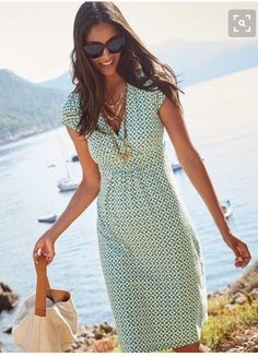 Spring 2016 stitch fix // love this green and white dress. Layered necklaces with canvas tote purse. Resort wear.
