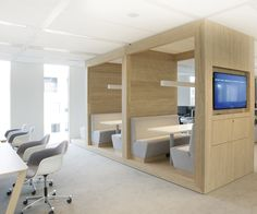 Nuon Headquarters Amsterdam by Heyligers Architects interior design