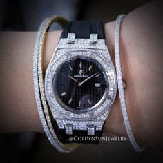 GOLDEN SUN JEWELRY: For the ladies... Audemars Piguet fully flooded with Russian cut diamonds with accenting Golden Sun Jewelry diamond bangle bracelets. @goldensunjewelry #goldensunjewelry #ap #audemarspiguet #royaloak #ladies #ladywatch #watch #timepiece #armcandy #wristcandy #luxurywatch #luxury #l4p #fashion #fashionista #designer #diamondwatch #bangle #bracelet #diamondbracelet #gold #jewelry #diamondjewelry #bridal #jeweler