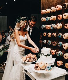 donut wall at your wedding = epic @dcbarroso