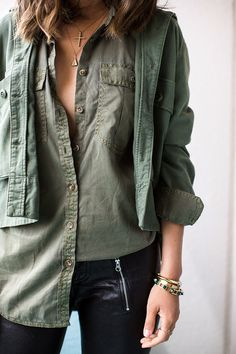 I love a good ol' military jacket or an army jacket so I wore mine from Emily and Merritt's new line The Great with a Banana Republic utility boyfriend shirt and … Army Jacket Outfits, Military Jacket, Military Green, Army Green, Military Outfits, Khaki Green, Olive Green, Song Of Style, Love Fashion