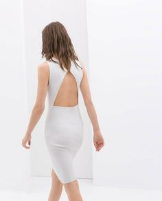 Shop Women's Zara size M Dresses at a discounted price at Poshmark. Description: White knit Midi Dress from Zara with cutout back. Sold by wourdrobe. Freakum Dress, Open Back Dresses, Cutout Dress, Jumpsuit Dress, Facon, Knee Length Dresses, Zara Dresses, Jumpsuits For Women, Dress To Impress