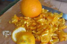 Oranges for use in the rhubarb and orange preserves. Credit: Sue Style #zesterdaily #fruit