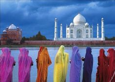If there's one place i've always wanted to visit it's the Taj Mahal.
