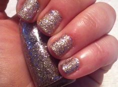 How to Remove Glitter Nail Polish With Foil