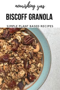 Vegan Biscoff Granola | Nourishing Yas - Simple Plant based Recipes #vegan #veganrecipes #granola #biscoff #veganbreakfasts #vegangranola #homemadegranola #breakfastrecipes #plantbased #dairyfree