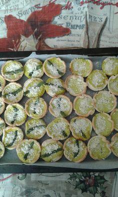 Mini quiche alla crema di asparagi