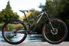 Specialized's venerable trail bike gets an overhaul 2016 Specialized Stumpjumper FSR Mtb Bike, Bike Trails, Cycling Bikes, Cycling Equipment, Mountain Bike Brands, Mountain Biking, Specialized Stumpjumper, Montain Bike, Bike Magazine