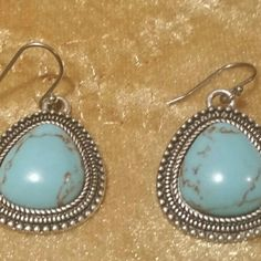"""🎉HOST PICK🎉LUCKY BRAND TURQUOISE DROP EARRINGS 🎉HOST PICK🎉 3/11/17 STATEMENT STYLE PARTY HOST: @dawnmaries Thanks, Dawn⚘ LUCKY BRAND SEMI-PRECIOUS TURQUOISE DROP EARRINGS. MEASUREMENT OF PENDANT: 1""""X1"""" FISHHOOK CLOSURE THREE ROWS OF DESIGNED SILVERTONE METAL ENCASES THE TURQUOISE STONE. THE BACK OF THIS FABULOUS PIECE, HAS A DESIGN. 🚫MODELING Lucky Brand Jewelry Necklaces"""