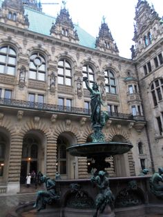 The city hall, one of the most beautiful I've seen in Germany. Built at the end of 19th century, by a team of 7 architects, after the previous building was burnt. Guided tours in German, French and English are organized regularly.