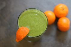 Healthy Orange and Green Smoothie Recipe - foodista.com