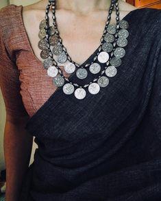 51 new saree design for women 11 New Saree Designs, Saree Blouse Designs, Indian Attire, Indian Wear, Indian Dresses, Indian Outfits, Ethnic Outfits, Indian Clothes, Saree Jewellery