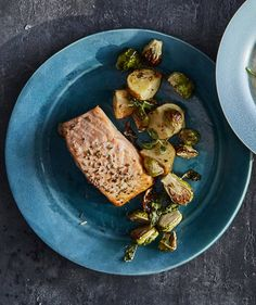 Roasted Salmon and Brussels Sprouts | Back-to-school calls for meals with serious brainpower, and this quick and easy omega-3 packed plate is a clever choice.