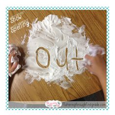 Winter centers for language arts. Snow Spelling with shaving cream. My students LOVE this activity and the classroom smells so great after we're through! Preschool Literacy, Kindergarten Lessons, Literacy Centers, Preschool Winter, Preschool Ideas, Teaching Ideas, Snow Activities, Sight Word Activities, Teaching Reading