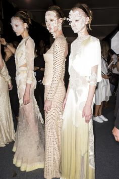 Givenchy Spring 2016 Ready-to-Wear Beauty Photos - Vogue