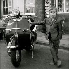 cooler Junge