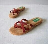 Loved these! Wish I could find some flip flops like this.