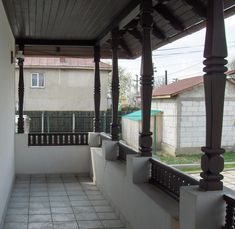 CASE ROMÂNEȘTI la comandă - arh. Liliana Chiaburu Dream Home Design, My Dream Home, House Design, Old Houses, Wooden Houses, Garage Pergola, Traditional House, House Plans, Cottage