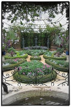Phipps Conservatory and Botanical Gardens - Pittsburgh