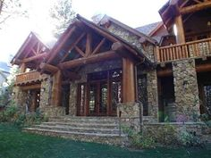 Classic Mammoth-style home in Starwood Homesites on the Sierra Star golf course