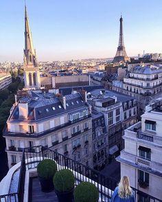 Good night Paris! Wishing you sweet dreams around the world.