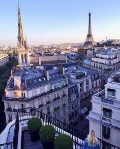 Good evening Paris -