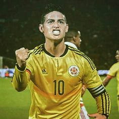The No10 RETURNS! The captain of #Colombia, James Rodriguez, rescued a point for #LosCafeteros against #CopaAmerica 2015 champions #Chile in #Santiago in the last #WCQ of the day.  #WCQ #Eliminatorias #Russia2018 #Rusia2018 #RoadToTheWorldCup #WorldCup #EstadioNacional
