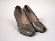 Vintage 1950s grey gray leather high by ForeverFashionOnline, £43.00