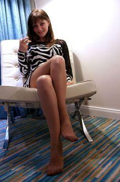 Crossed legs teens tights sense