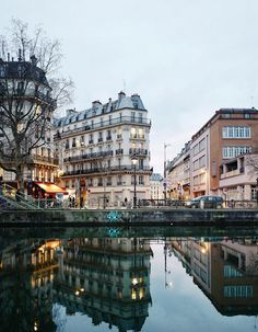Canal Saint-Martin. . . Paris, France @jasminetartine