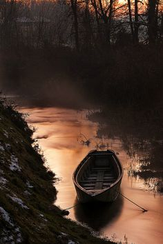 water, liquid copper, paddl, lake, shade, place, boat, cano, river
