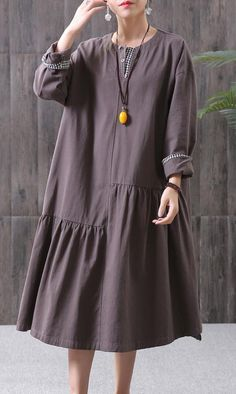 DIY cotton chocolate quilting clothes Stitches Women Pleated Spliced Spring Casual Loose Midi Dress - Diy and crafts interests Linen Dresses, Modest Dresses, Casual Dresses For Women, Cotton Dresses, Clothes For Women, Curvy Fashion, Boho Fashion, Fashion Dresses, Cheap Fashion