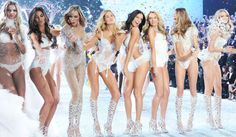 This Victoria's Secret Supermodel Just Won A Buffalo Wings Eating Contest: Here's The Proof