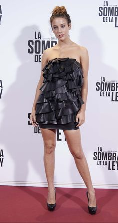 Leather Mini Dress, Young Female, Celebs, Celebrities, Actors & Actresses, Strapless Dress, Sexy Women, Womens Fashion, People