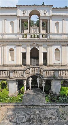 La loggia et le nymphée de la Villa Giulia (Rome) ITALY