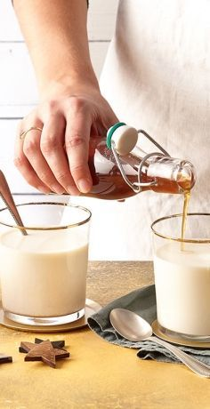 Draußen ist es ungemütlich, aber wir sitzen drinnen mit einer dampfenden Tasse. Das REWE Rezept zeigt, wie leckerer Chai Tee Sirup für Ihre Heißgetränke gelingt »  https://www.rewe.de/rezepte/chai-tee-sirup/