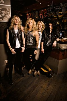 Santa Cruz ~ Finnish hard rock band \,,/