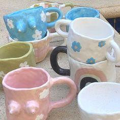 Ceramic Mugs, Ceramic Pottery, Ceramic Art, Artist Aesthetic, Aesthetic Painting, Handmade Art, Handmade Gifts, Pastel Decor, Minimalist Room