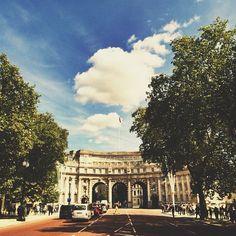 #whatnowwhere #london #travel #holidays