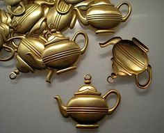 12 brass teapot charms by TimeAndMaterials on Etsy