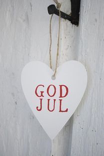 With family in Norway, we have a bilingual Christmas 'god jul'