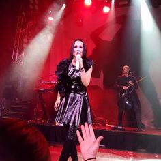 Tarja Turunen live at Joy Eslava, Madrid, Spain. The Shadow Shows, 05/11/2016 #tarja #tarjaturunen #theshadowshows #tarjalive PH: Al Jaeguerjacques Maxwell https://www.instagram.com/grimmjow_23/