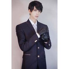 Anime Cosplay Girls, Cosplay Boy, Cosplay Outfits, Best Cosplay, Cosplay Costumes, Best Young Actors, Tokyo Ghoul Cosplay, Aesthetic People, Pose Reference