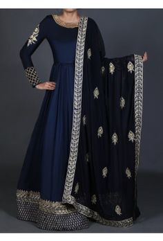 Lashkaraa Deep Blue Embroidered Anarkali features a pure silk kameez with santoon inner, santoon bottom and embroidered net dupatta. Embroidery is done on this piece with zari and handwork stone embellishments. Indian Anarkali, Anarkali Dress, Pakistani Dresses, Indian Dresses, Lehenga Choli, Pakistani Clothing, Indian Wedding Outfits, Indian Outfits, Indian Attire