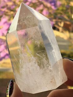 124g LARGE CLEAR QUARTZ CRYSTAL GEMSTONE GENERATOR / TOWER (6.5cm)   eBay Crystals For Sale, Crystals And Gemstones, Clear Quartz Crystal, Tower, Detail, Ebay, Rook, Computer Case, Building