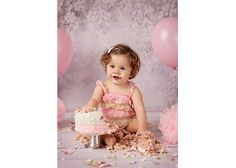 It is a fantastic way to celebrate birthday. Girls Dresses, Flower Girl Dresses, Beautiful Moments, Cake Smash, Wedding Dresses, Celebrities, Birthday, Photography, Fashion
