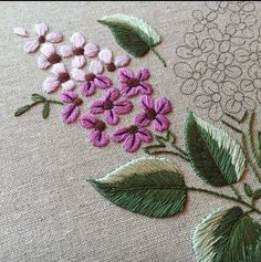 Crewel Embroidery Creative Stitchery Roses Are Red Pillow Kit - Embroidery Design Guide Crewel Embroidery Kits, Japanese Embroidery, Learn Embroidery, Vintage Embroidery, Ribbon Embroidery, Cross Stitch Embroidery, Embroidery Patterns, Bordado Floral, Brazilian Embroidery